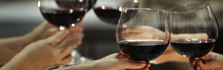 Découvrez nos bons vins lors des soirées dégustation dans notre cave du Vieux Lille.